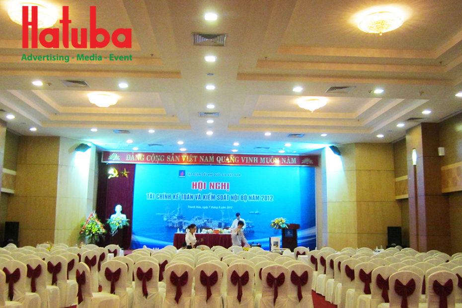 tổ chức hội thảo – họp báo – tọa đàm chuyên nghiệp