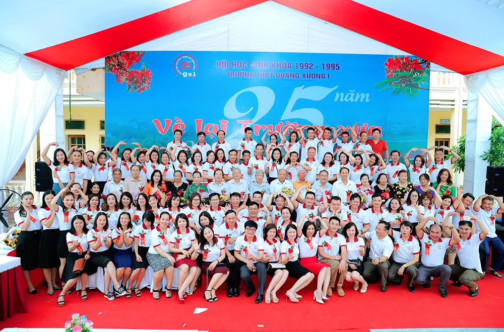 Hội khóa Trường THPT Quảng Xương 1 khóa 1992 - 1995