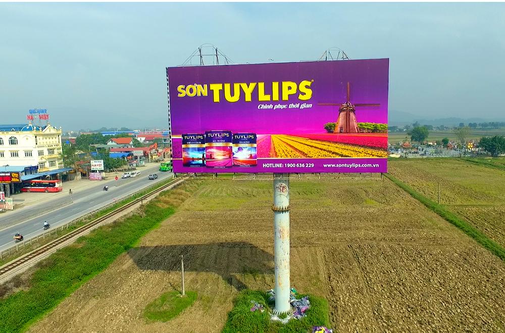 Pano quảng cáo hãng sơn TuyLips