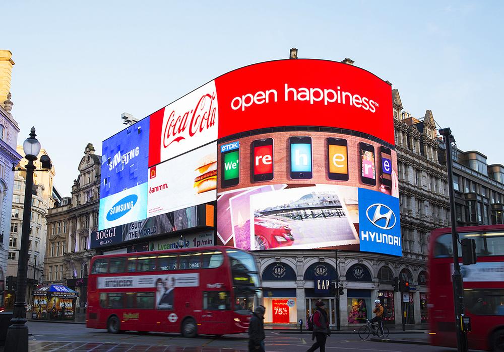 Nhu cầu về dịch vụ quảng cáo, truyền thông càng bùng phát mạnh mẽ