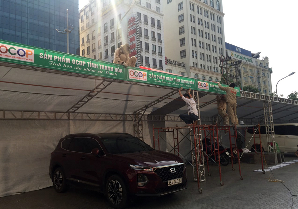 Công ty TNHH Hatuba thực hiện thi công gian hàng hội chợ