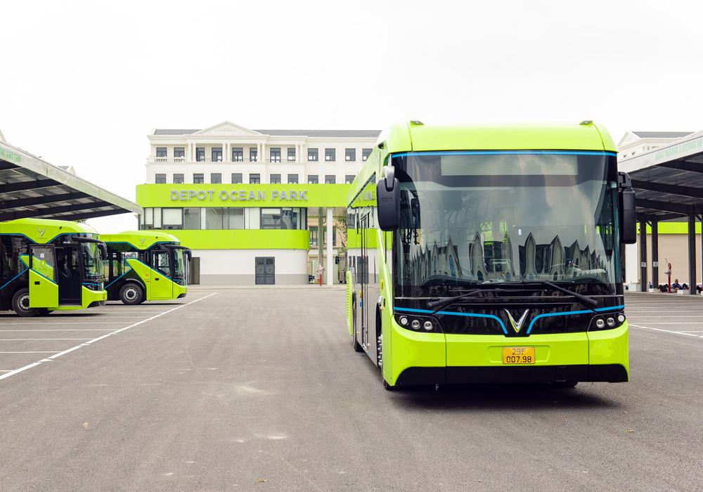 Xe buýt điện thông minh đầu tiên tại Việt Nam