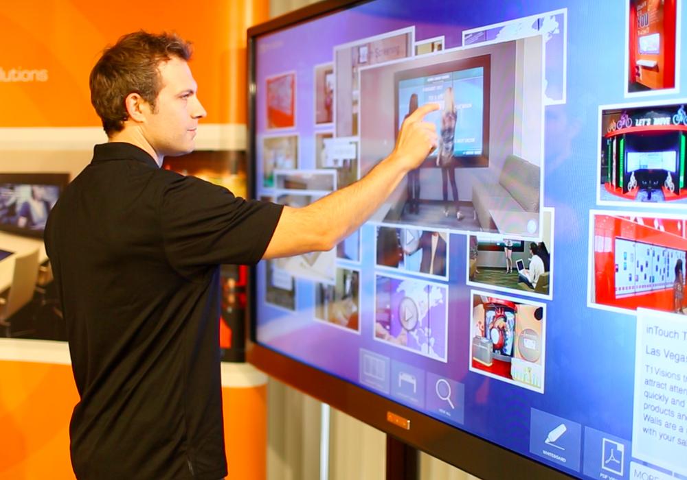 Quảng cáo màn hình LED tương tác