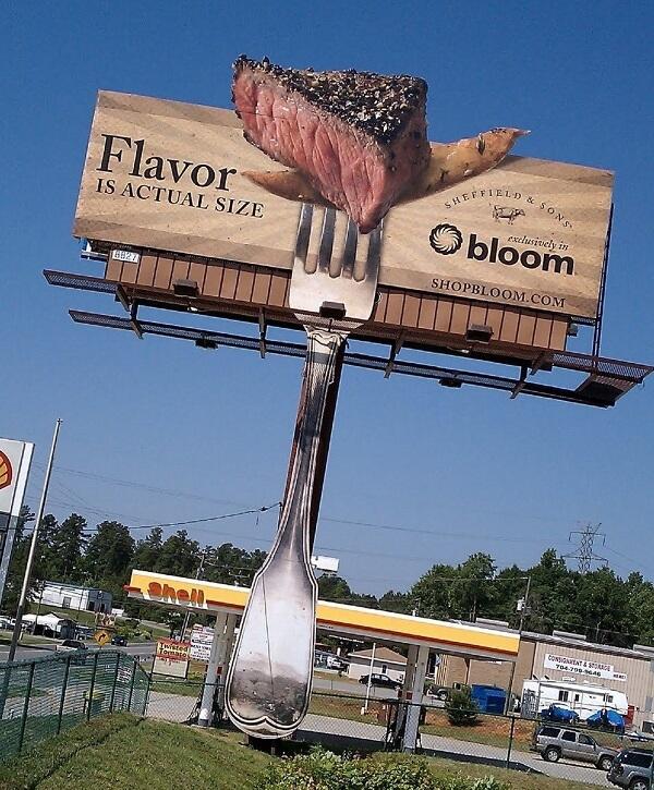 Billboard quảng cáo phát ra mùi hương của Bloom Mooresville